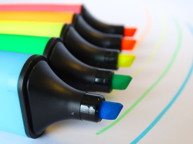 decorative image of highlighter markers
